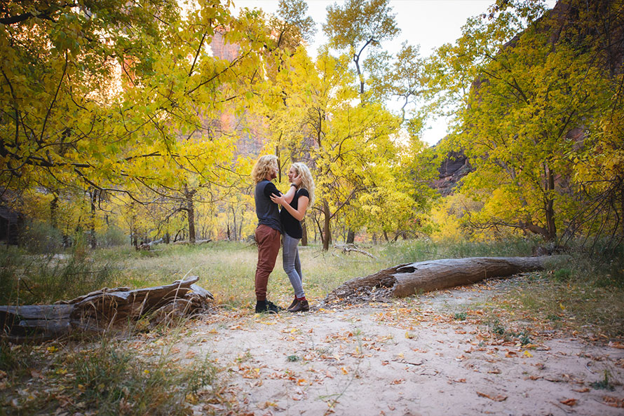 Jacob-Bree-Zion-National-Park-Engagement-3