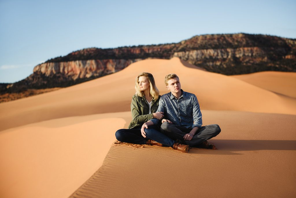 coral-pinks-dand-dunes-engagement-photos-20