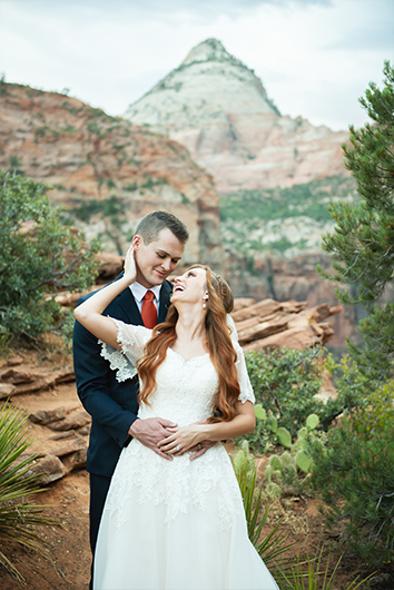 First-look-zion-wedding-portraits-11