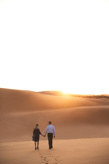 coral-pinks-sand-dunes-engagement-18