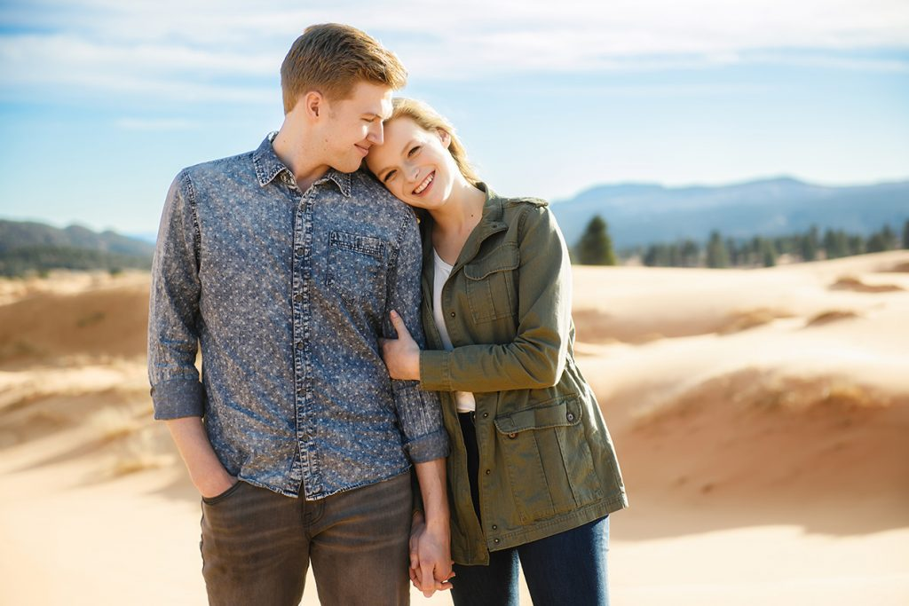 coral-pinks-sand-dunes-engagement-5