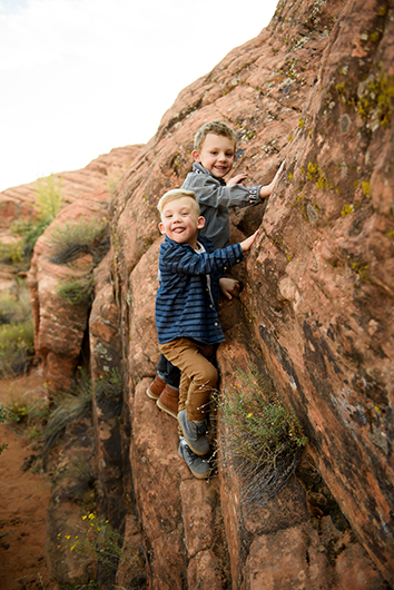 snow-canyon-state-park-family-photography-10