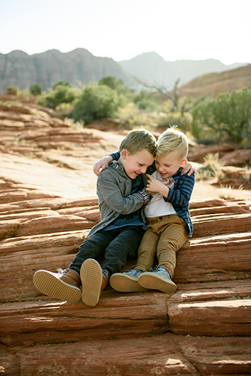 snow-canyon-state-park-family-photography-4