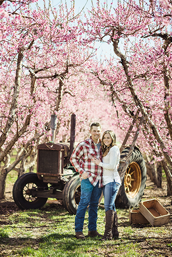 orchard-engagement-photos-2