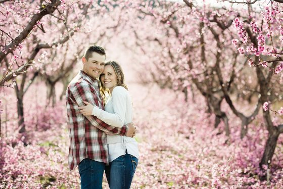 orchard-engagement-photos-9