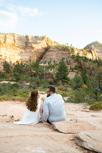 zion-national-park-engagement-photos-11
