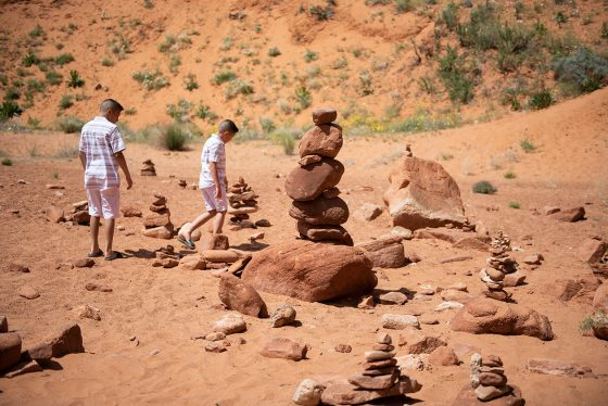 page-utah-slot-canyon-family-photography-8