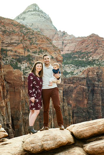 zion-national-park-family-photographer-9