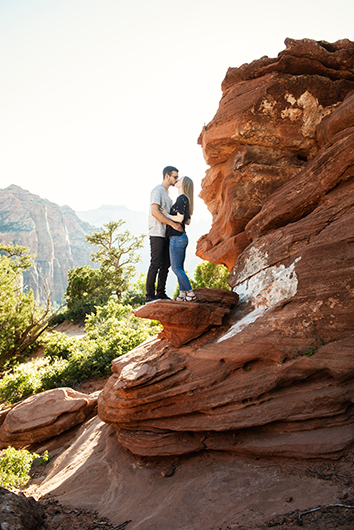zion-park-engagement-photos-7